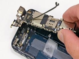Замена сенсорного дисплея на Айфон СЕ