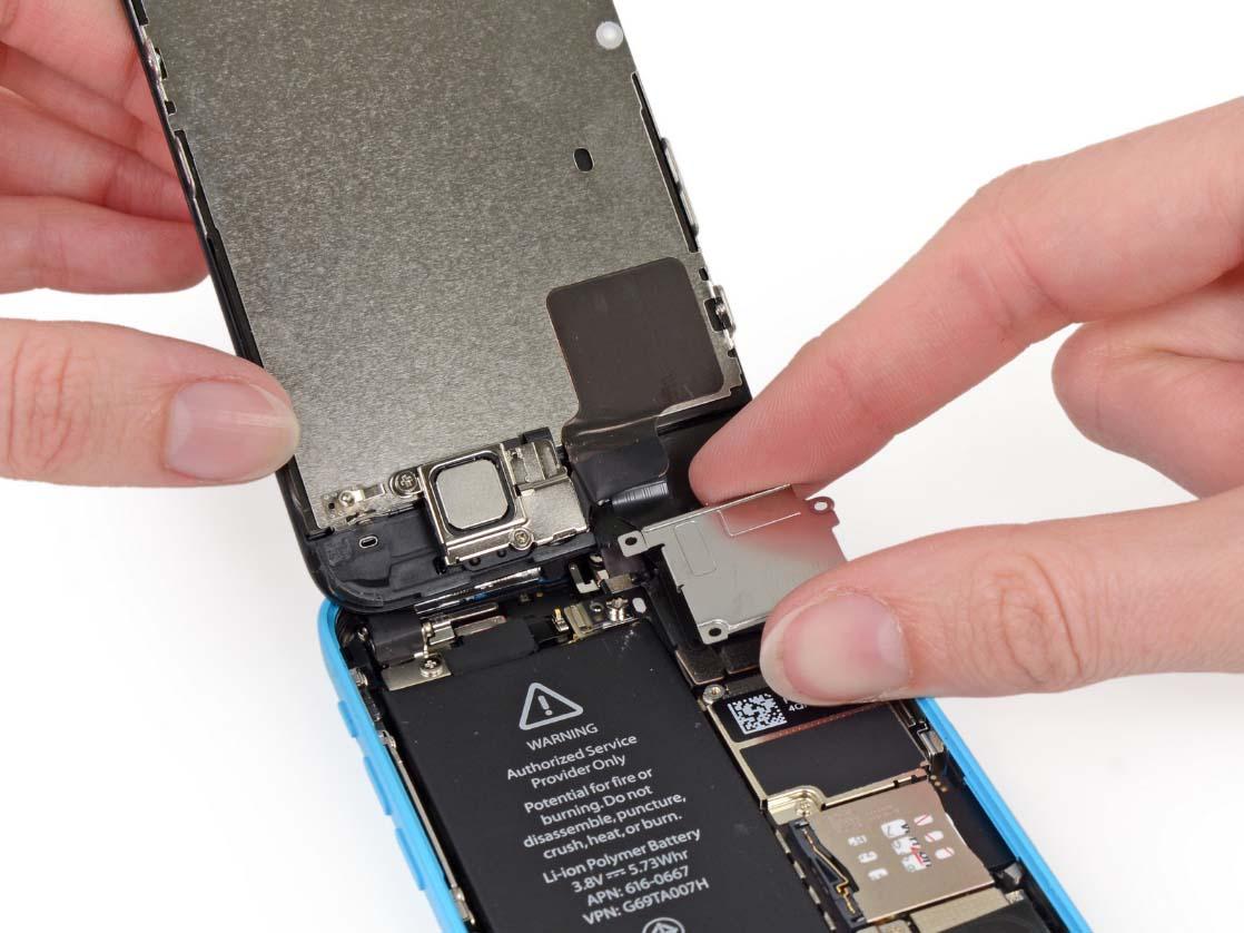 Сервисный pемонт iPhone 5c в Москве