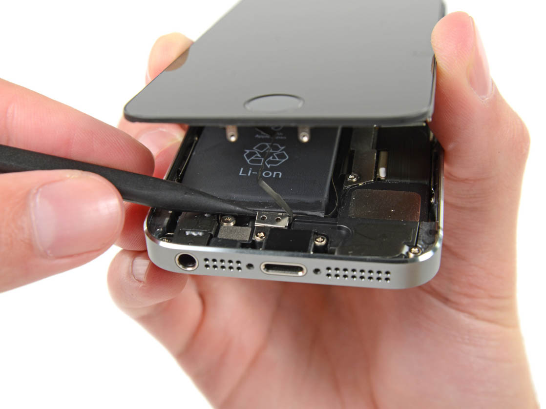 Ремонт iPhone 5s в Москве