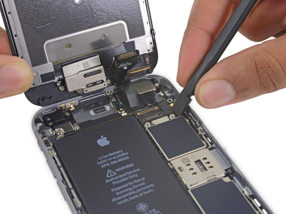 Замена батареи iPhone 6s plus