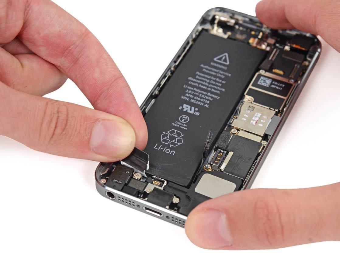 Замена батареи iphone 5s