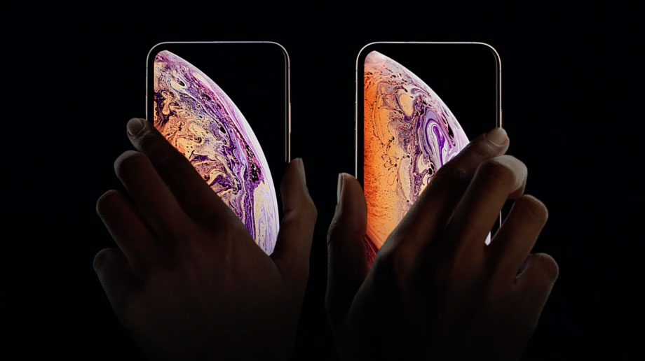 difference between iPhone X and Xs
