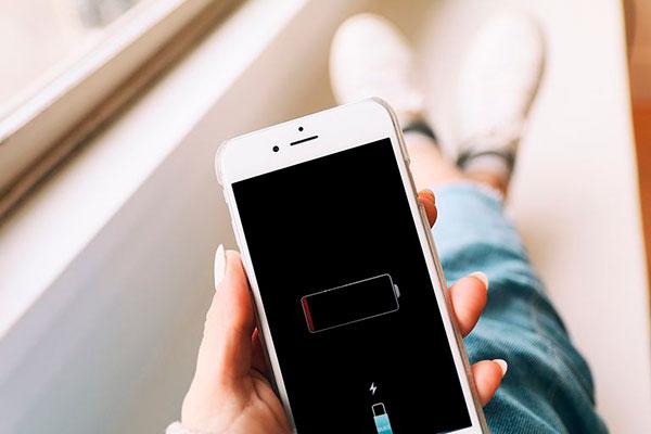 замените аккумулятор у iPhone акция