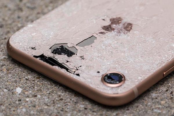 причины замены камеры iPhone XR
