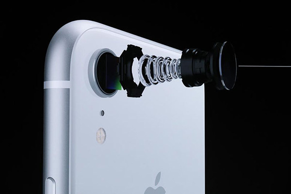 Ремонт-главной-камеры-iPhone-8