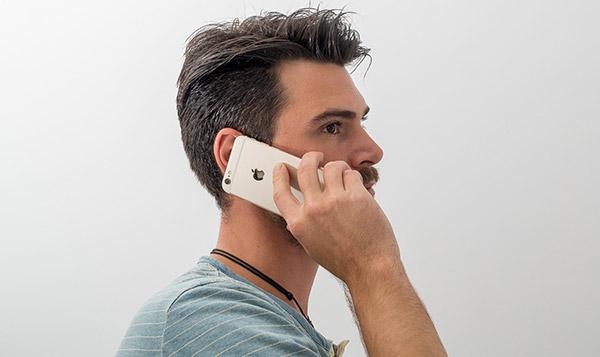 Экран-айфона-не-блокируется-в-режиме-разговора
