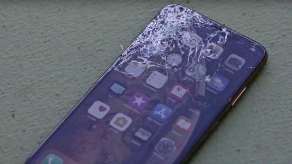 Замена-в-экране-только-стекла-айфон-XS-Max