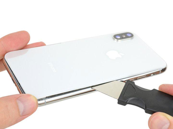 замена заднего стекла на айфоне xs