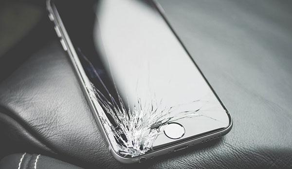 разбит экран айфон 7