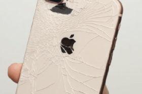 Новогодняя акция по замене заднего стекла Айфон