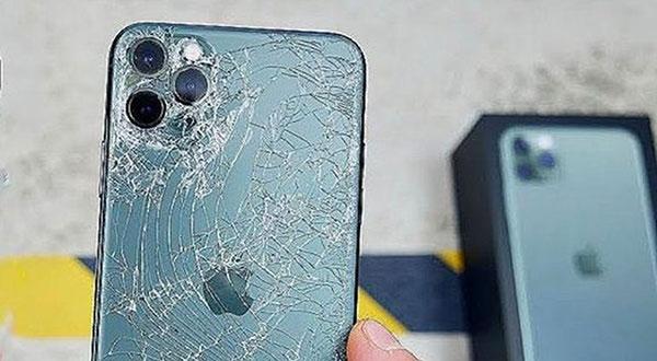 Разбилась крышка Айфон 11 Pro Max