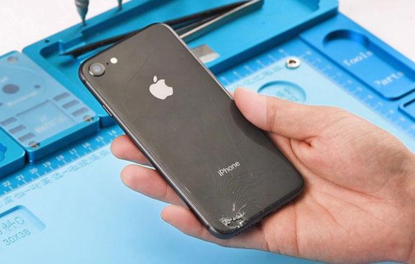 Скидка на замену заднего стекла iPhone