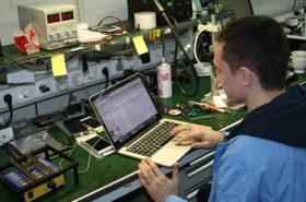 Ремонт ноутбуков, планшетов, телефоном на Арбатской