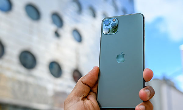 Ремонт заднего стекла iPhone 11 Pro Max